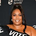 """Lizzo Delivered A Powerful Message On TikTok For Anyone Who's Had """"Negative Thoughts"""" About Body Image"""