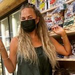 Chrissy Teigen Shared A Genius Pandemic-Era Beauty Hack And I Can't Wait To Try It